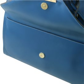 VESTA ルーガ・カーフレザー1つで2デザインのショルダーバッグ