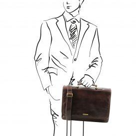 イタリア製ベジタブルタンニンレザーの取り外しポケットTL SMARTつきバッグ MANTOVA、ダークブラウン、使用イメージ