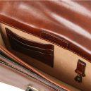 イタリア製ERIC 本牛革ベジタブルタンニンレザーの斜め掛けバッグ