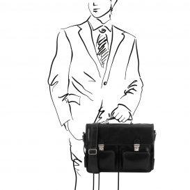 イタリア製ベジタブルタンニンレザーの取り外し仕切りつきバッグ VENTIMIGLIA、ブラック、使用イメージ