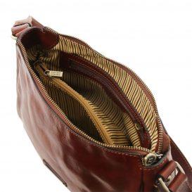 CRISTINA イタリア製ベジタブルタンニンレザーのショルダーバッグ
