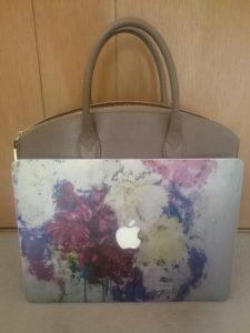 大学生のお客様からバッグのお写真&ご感想が届きました♪