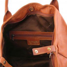 イタリア製柔らかいカーフ・ソヴァージュレザーのトートバッグ、コニャック、キャメル、詳細3