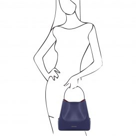 イタリア製サフィアーノレザーのポーチ付きハンドバッグ、ダークブルー、ネイビー、青、詳細4
