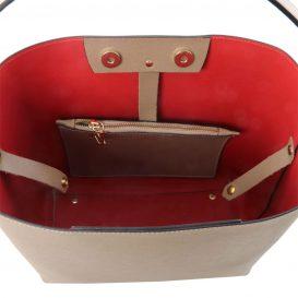 イタリア製サフィアーノレザーのポーチ付きハンドバッグ、ダークトープ、トープ、ベージュグレー、グレージュ、詳細4