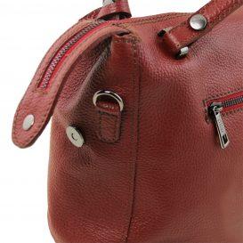 イタリア製シボ加工柔らかいカーフレザーの2WAYハンドバッグ・ショルダーバッグ、レッド、赤、詳細2