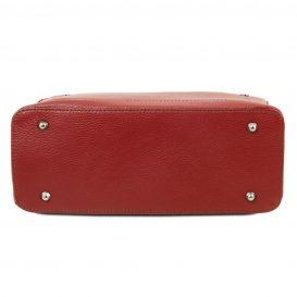 イタリア製シボ加工柔らかいカーフレザーの2WAYハンドバッグ・ショルダーバッグ、レッド、赤、詳細5