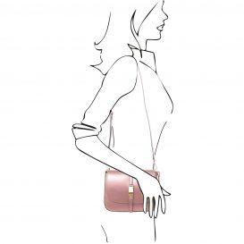 イタリア製NAUSICA メタリック・カーフレザーの2WAYハンドバッグ、ショルダーバッグ、ピンク、桜色、桃色、ローズ、詳細5