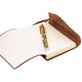 イタリア製フイタリア製フローラル模様のカーフレザーカバーのダイアリー・ノート、アンティークローズ模様のカーフレザーカバーのダイアリー・ノート、詳細