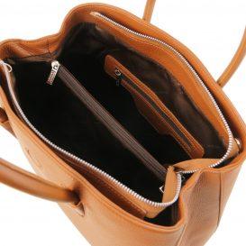 イタリア製シボ型押しレザーの2WAYハンドバッグ CAMELIA、コニャック、詳細2