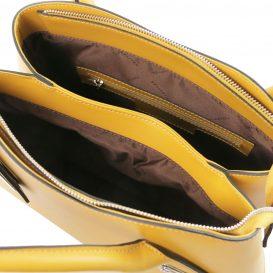 イタリア製ルーガ・カーフレザーの2WAYハンドバッグ FLORA、マスタード、詳細2