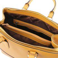 イタリア製サフィアーノレザーの2WAYハンドバッグTL BAG、マスタード、詳細2