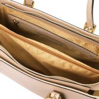 イタリア製スムースレザー2WAYハンドバッグ AURA、シャンパーニュ、詳細2