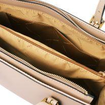 イタリア製スムースレザー2WAYハンドバッグ AURA、シャンパーニュ、詳細3