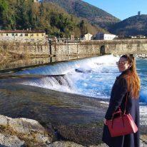 イタリア製スムースレザー2WAYハンドバッグ AURA、使用イメージ3