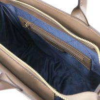 イタリア製イントレチャート編み込み風スウェードの2WAYトートバッグ、ダークトープ、詳細3