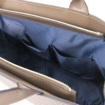 イタリア製イントレチャート編み込み風スウェードの2WAYトートバッグ、ダークトープ、詳細4