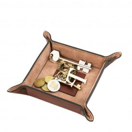 イタリア製ベジタブルタンニンレザーの小物入れ-Mサイズ、使用イメージ