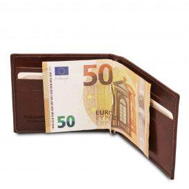 イタリア製ベジタブルタンニンレザーの紙幣クリップ付きふたつ折り財布、使用イメージ