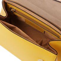 イタリア製パルメラートレザーのゴールドチェーンストラップ付ハンドバッグ TL BAG-Sサイズ、イエロー、詳細1