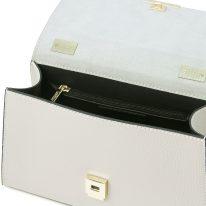 イタリア製シボ型押しレザーのワンハンドル2WAYハンドバッグ TL BAG、ライトグレイ、詳細3
