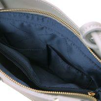 イタリア製サフィアーノレザー2WAYリュック&ショルダーバッグ PATTY、ライトグレイ、詳細4